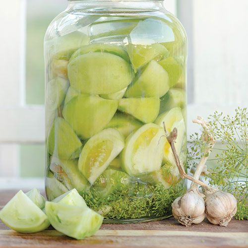 Fermented Green Tomato Pickles